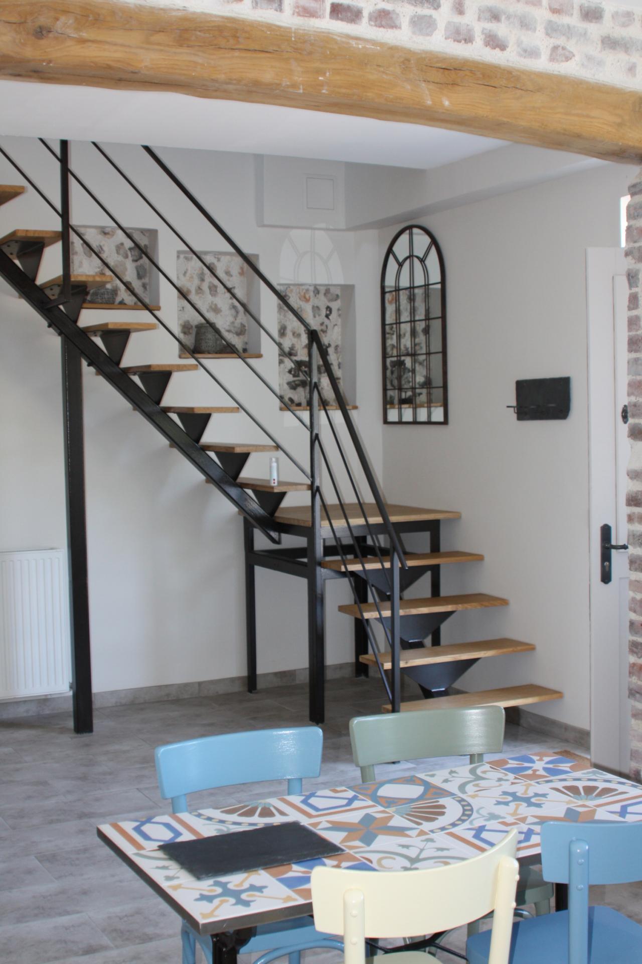 Salle Petit Déjeuner Escalier